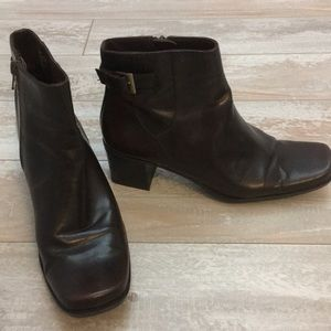 Like Claiborne Brown Ankle Boots